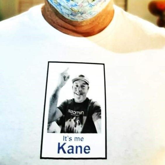 Its-me-t-shirt